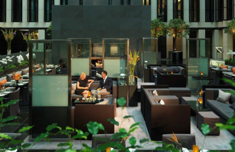 grosvenor-house-apartments-jumeirah-living-dining-atrium[1]