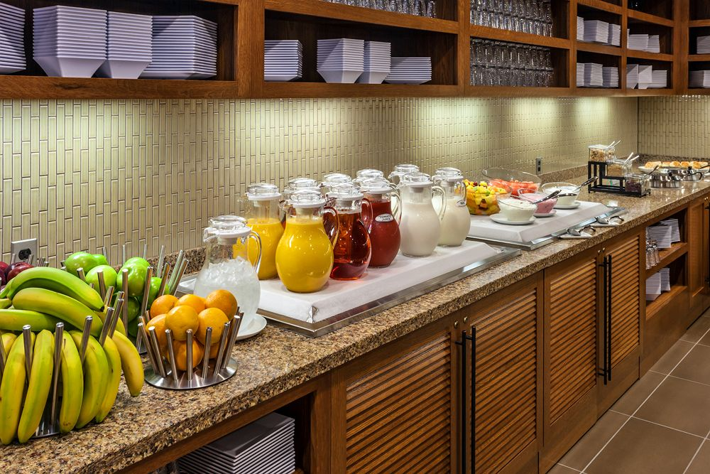 hyatt place breakfast foods